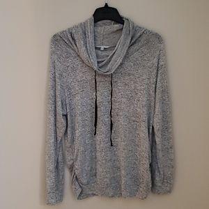Lightweight maternity sweater